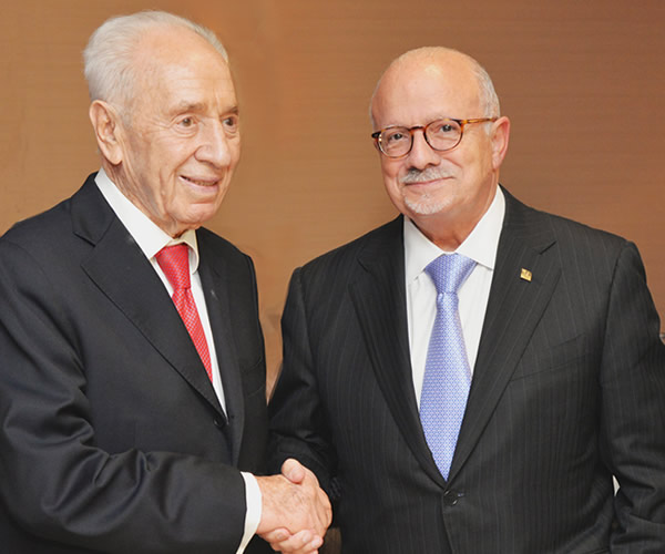 Shimon Peres and Eduardo J. Padrón