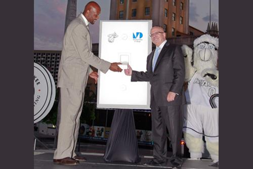 Alonzo Mourning and MDC President Dr. Eduardo J. Padrón