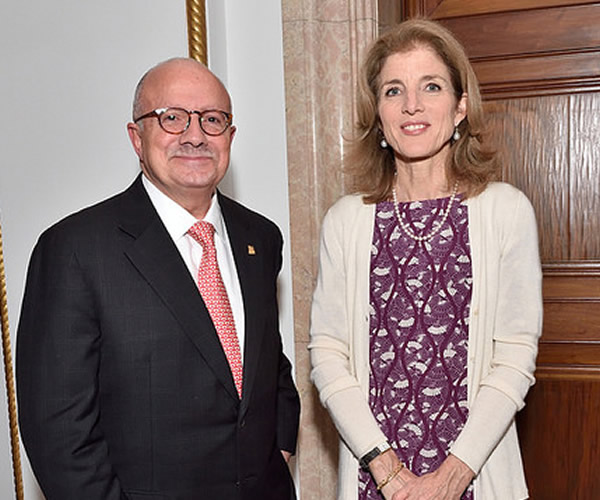 President Padrón and Caroline Kennedy, U.S. ambassador to Japan and daughter of U.S. President John F. Kennedy